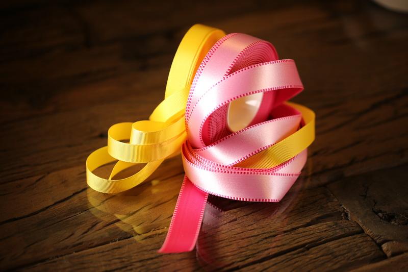 Bänder, einfarbige Bänder